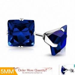 5mm |Boucles d'oreilles clous carrées en acier inoxydable avec capri bleu CZ (paire)